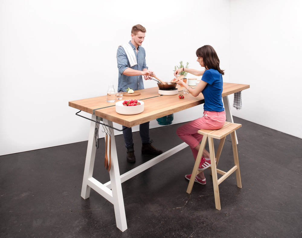 Cooking Table von Moritz Putzier
