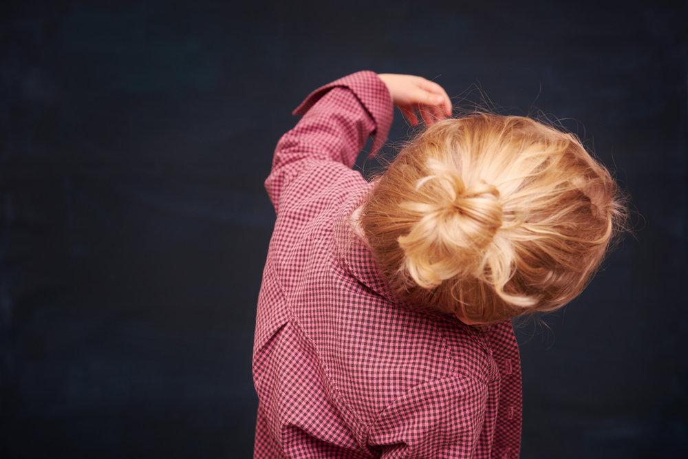Modefoto: Kind mit Bluse