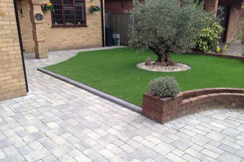 Block Paving - Block paving is an attractive solution for many homes and outdoor spaces. From driveways to courtyards and garden spaces, our team of experts are here to help.