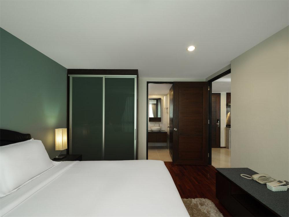 Room 601-028.jpg