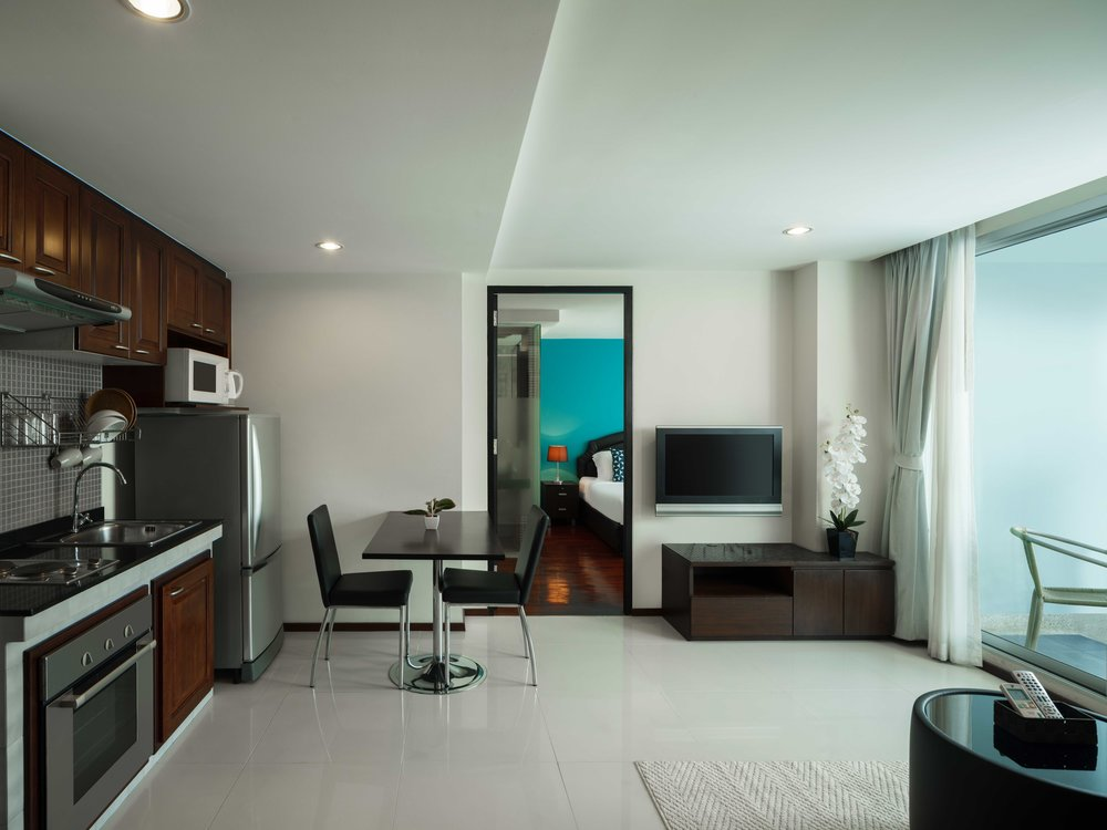 Room-706-017.jpg