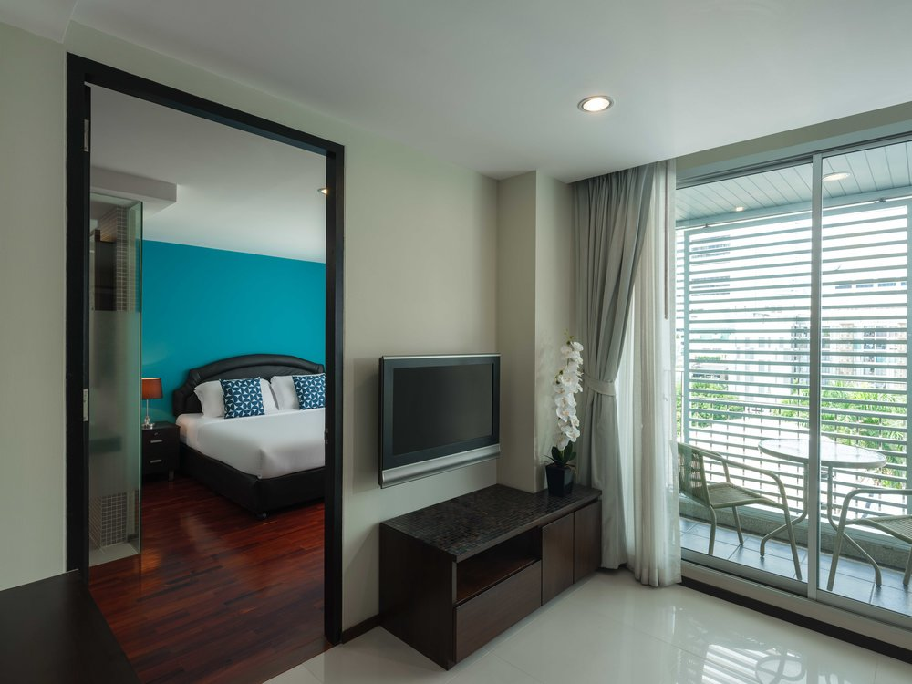 Room-706-027.jpg
