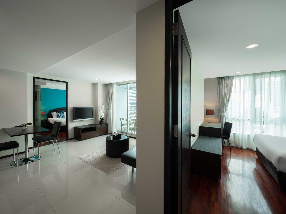 Room-706-020.jpg