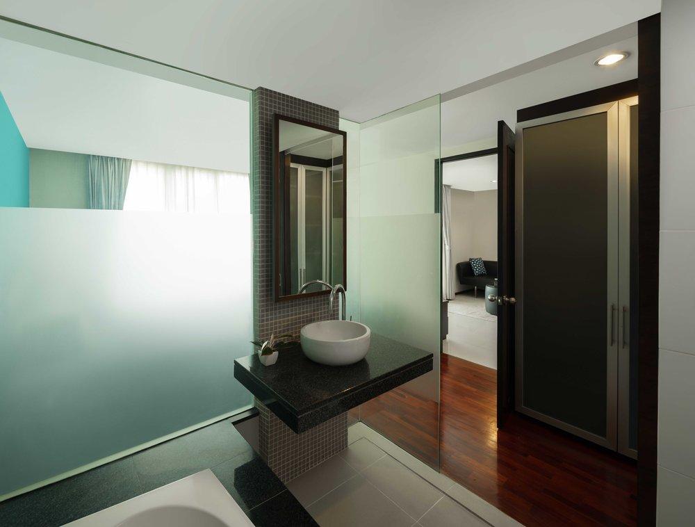 Room-706-034-Edit.jpg