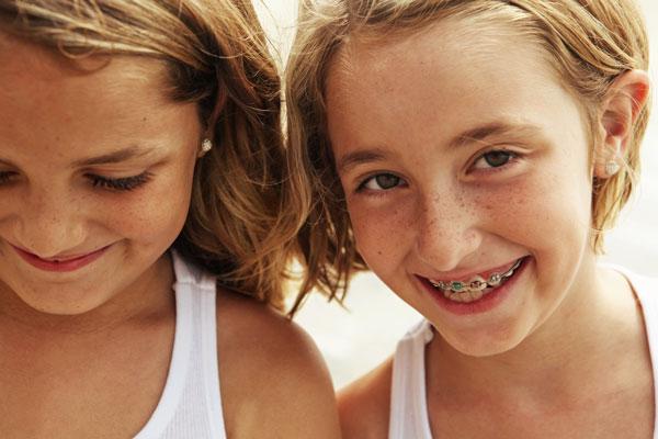 girls_braces_w_600px.jpg