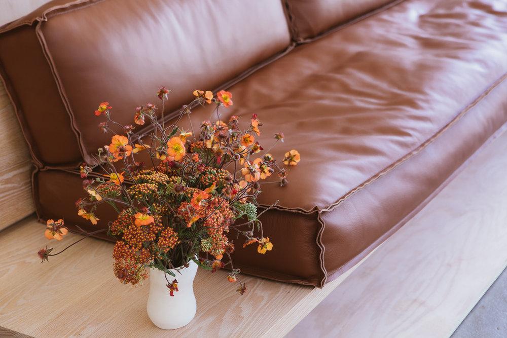 KKDW Sofa