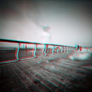 pinhole anaglyph ghostie at Tel-Aviv harbor