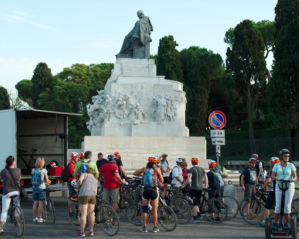 Piazza_Ugo_La_Malfa–30x37–FINAL.jpg