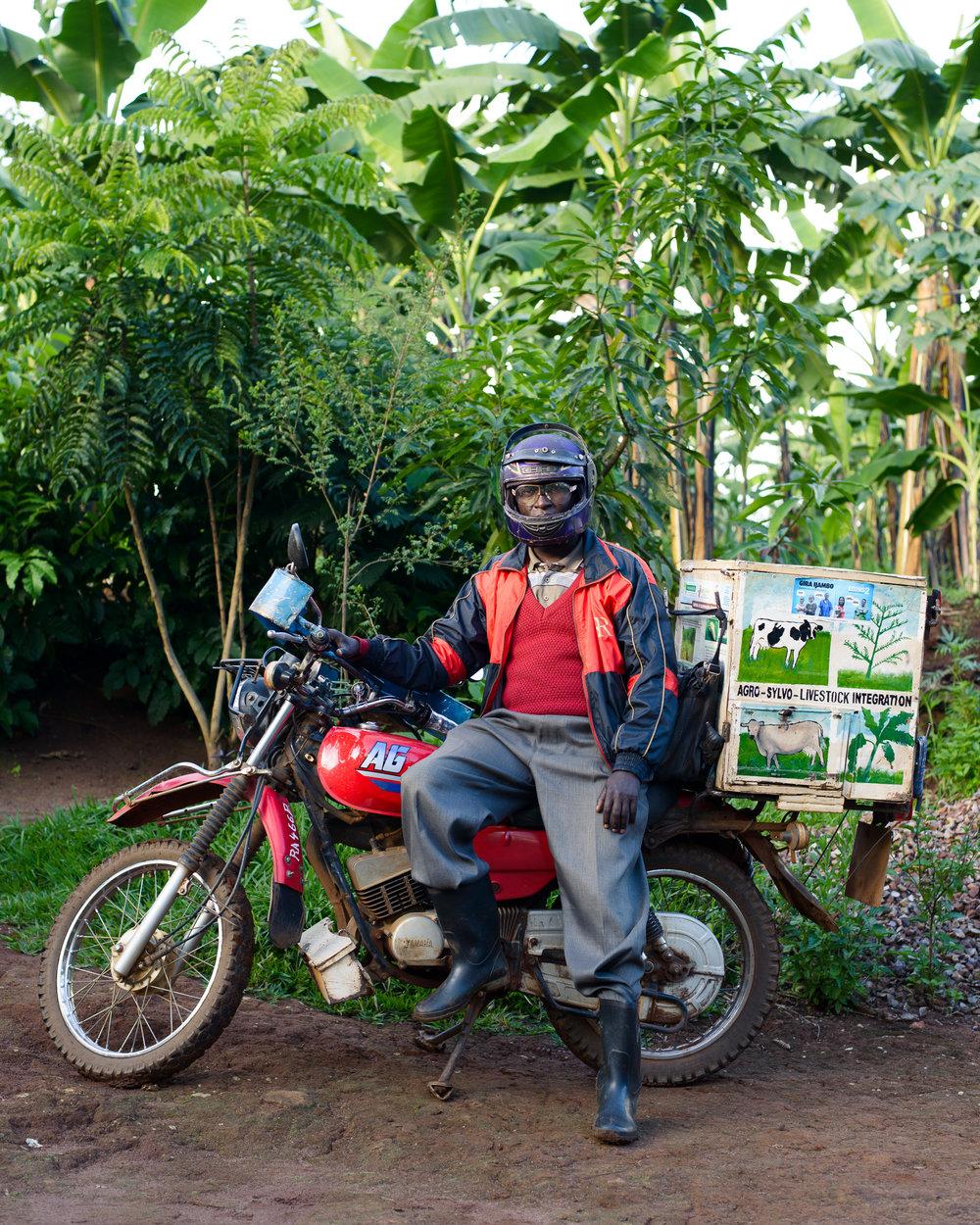 Fonerwa_Rwanda-4-22-14-0383.jpg