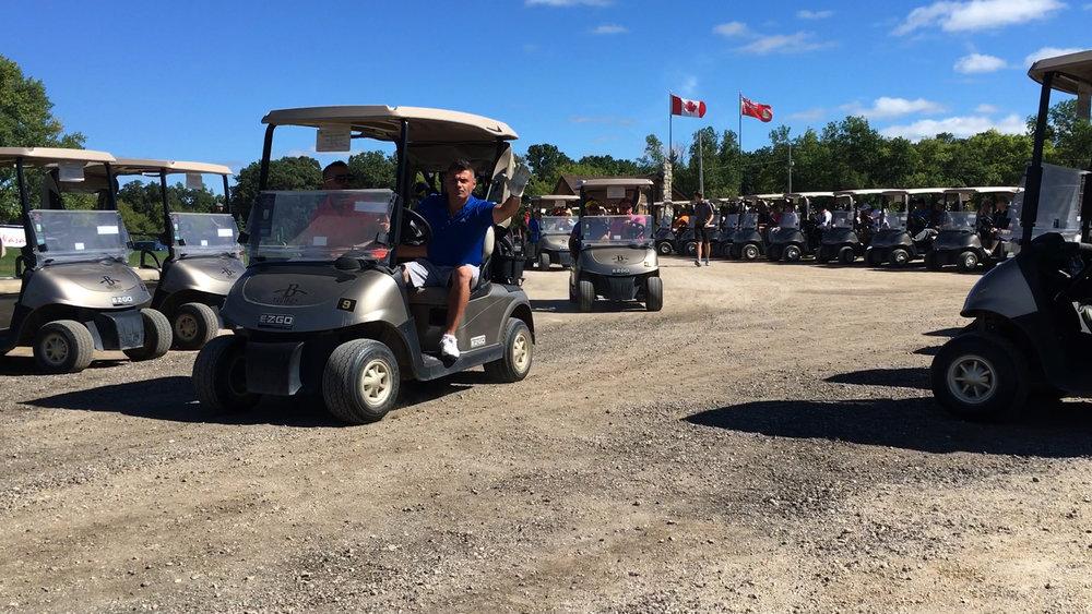 golf-carts4_29335352741_o.jpg