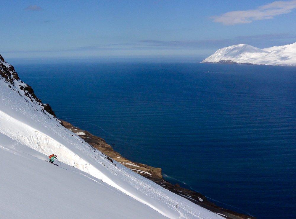 ocean ski.jpg