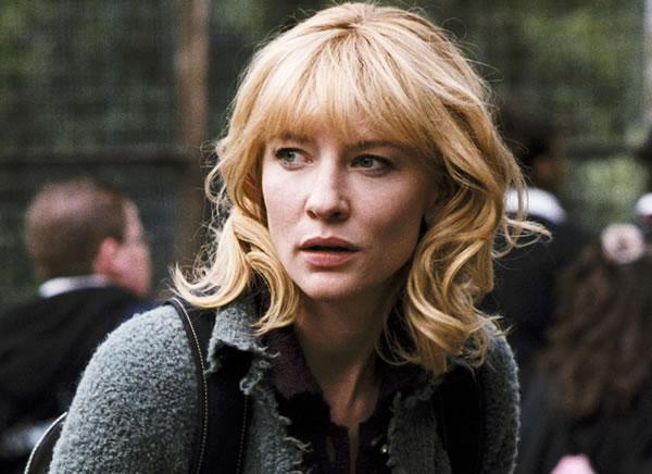 Cate Blanchett como Sheba Hart