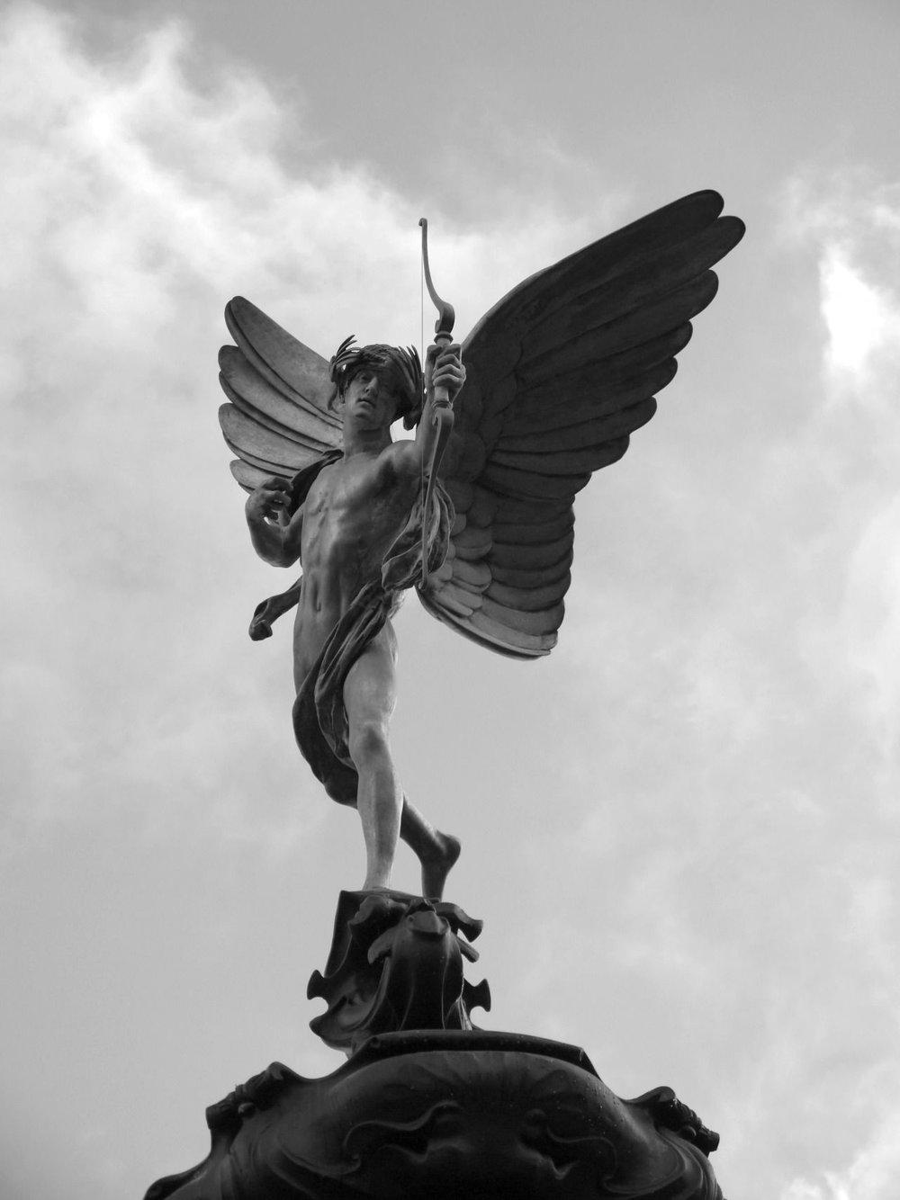 Anteros , escultura por Alfred Gilbert. (Única representación artísitica)