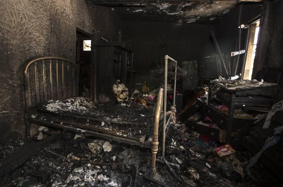 La habitación quemada donde dormía Graciela Cifuentes (Foto vía: El País)