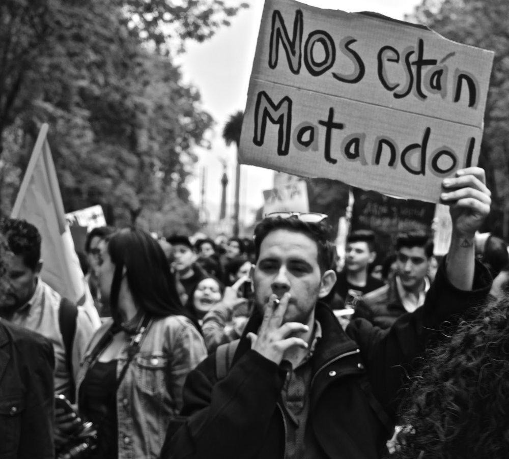 Marcha Estudiantes de Cine Valente Beltran 04.jpg