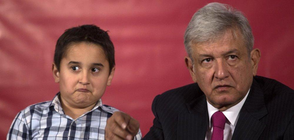 Jesús Ernesto y Andrés Manuel López Obrador