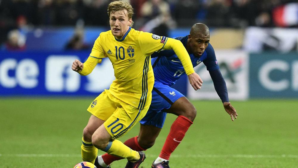 Ante la ausencia de Ibra, el sueco Forsberg tomó la  batuta  de estrella del equipo.