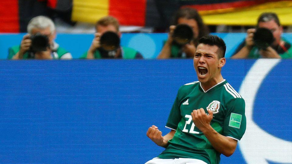 Hirving Lozano, celebrando su gol. Foto vía El Financiero.