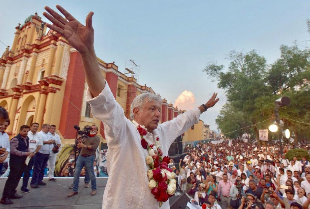 Andrés Manuel López Obrador, en un mitin en el estado fronterizo de Chiapas. Vía Proceso.