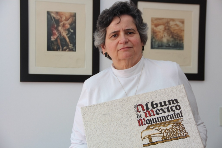 En la fotografía se muestra a la directora de la BFXC Teresa Matabuena Peláez . Imagen de PEDRO RENDÓN/ICM