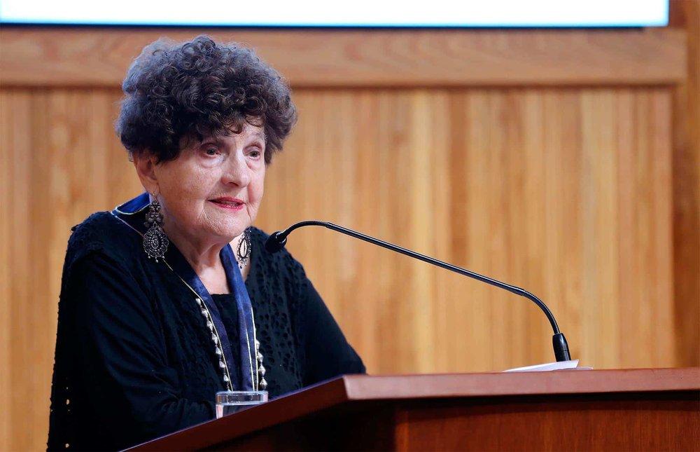 La escritora Margo Glantz había sido nombrada por López Obrador como directora del FCE. Vía El Horizonte.