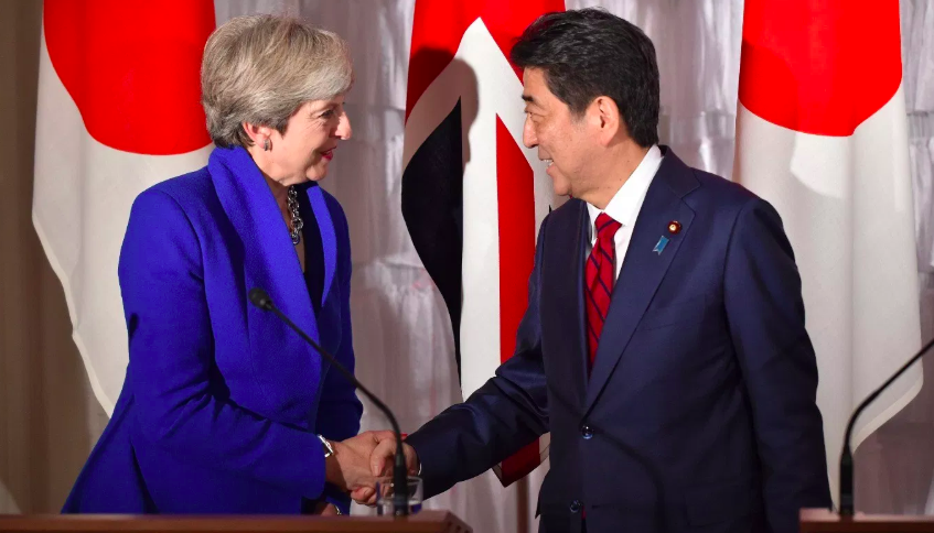 Theresa May, Shinzo Abe, Japón, BREXIT