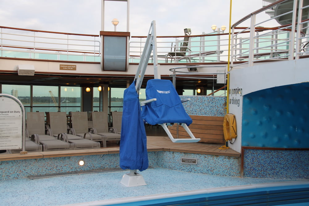 Splash Extended Reach Hi/Lo Cruise Ship Pool Hoist