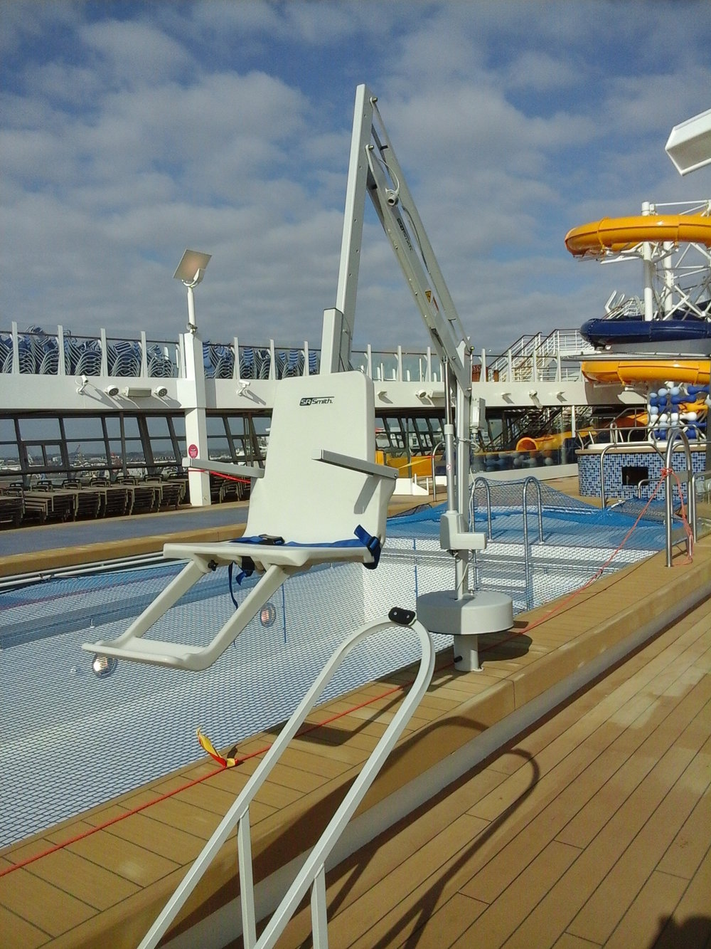 splash-pool-hoist-cruise-liner-disabled-access.jpg
