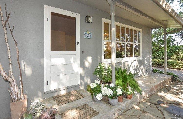 1390 Garden Ave 2.jpg