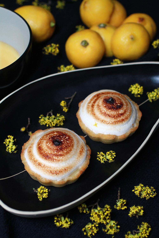 lemon_meringue_pie5_s.jpg
