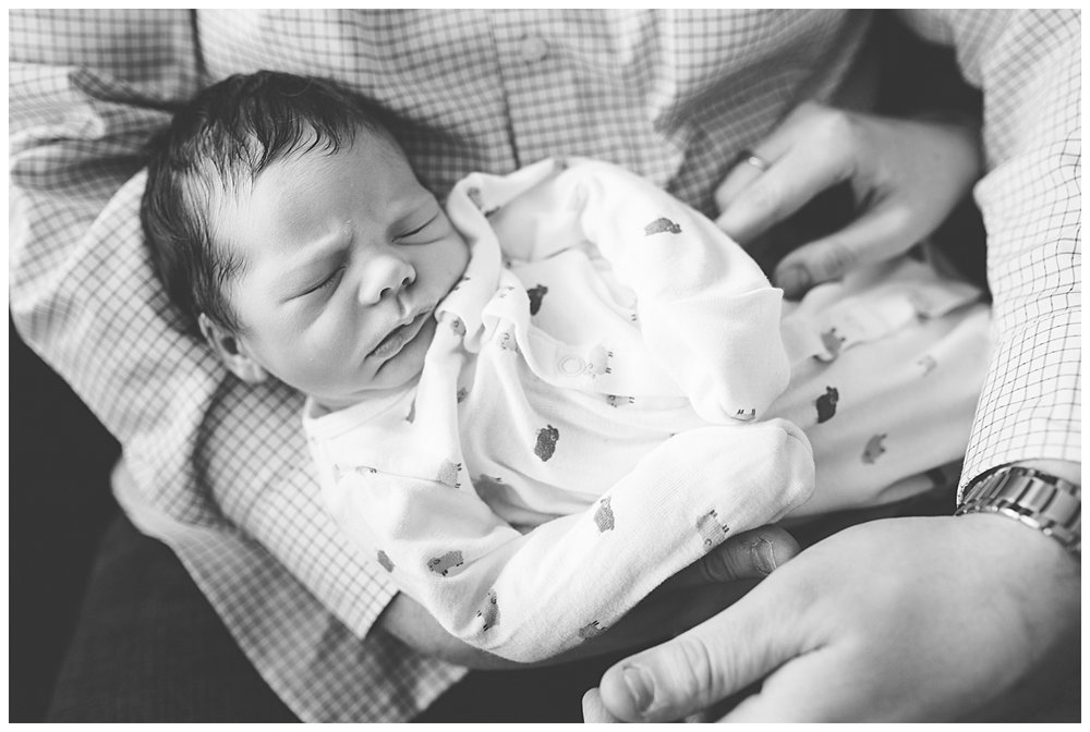 buffalo newborn photographers_0009.jpg