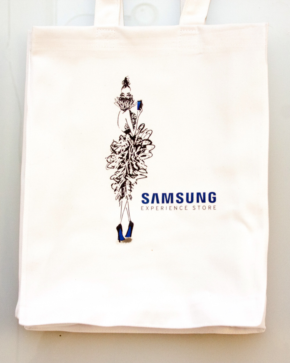 Custom Tote Bags Experiential