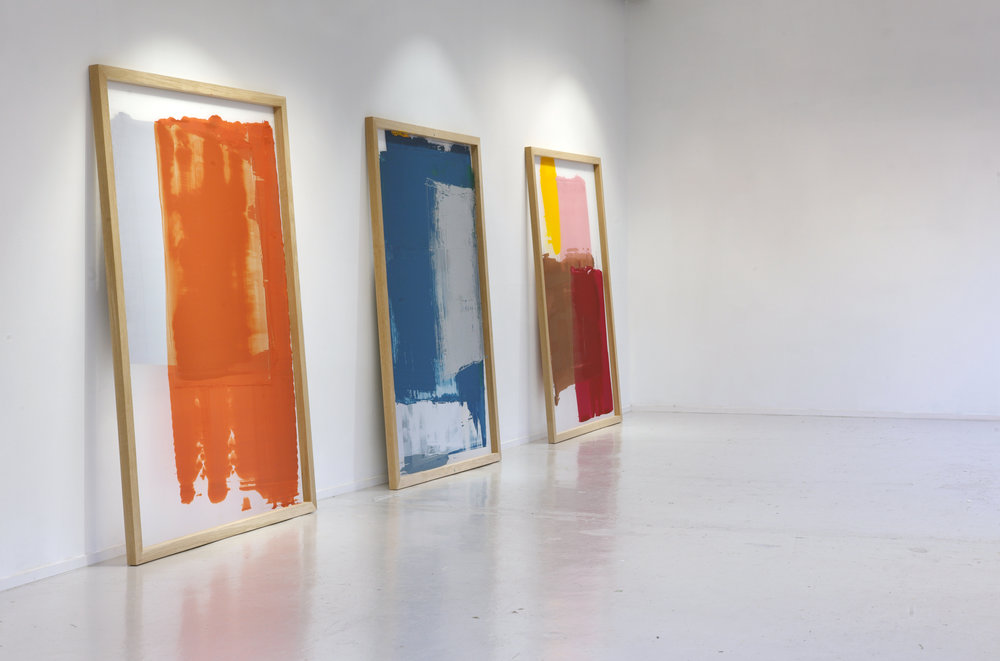 After the Masters  (2014) Reconstructions of used, unwashed silkscreen frames Wood, silkscreen, leftover paint 200 x 150 cm each