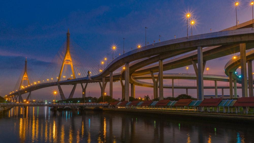 Bhumibol Bridge.jpg