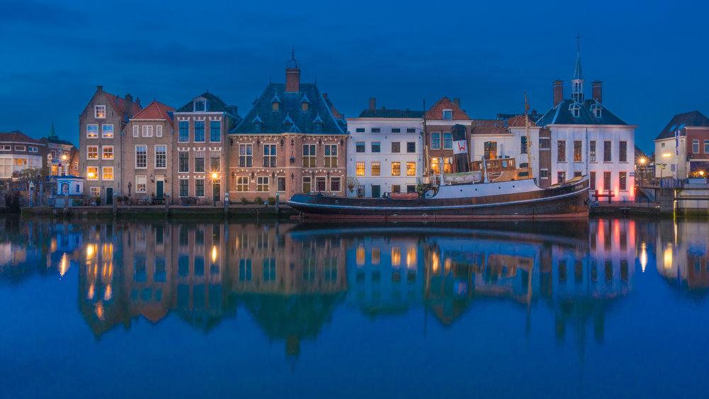 Old harbour of Maassluis.jpg