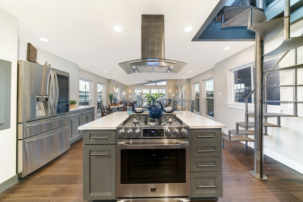 Solstice Houseboat Kitchen 3.jpg