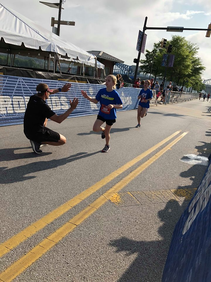 Coach_Terry_Wilson_Andrew_Starykowicz_Ironman_Chattanooga_70.3_High_Fives3.jpg