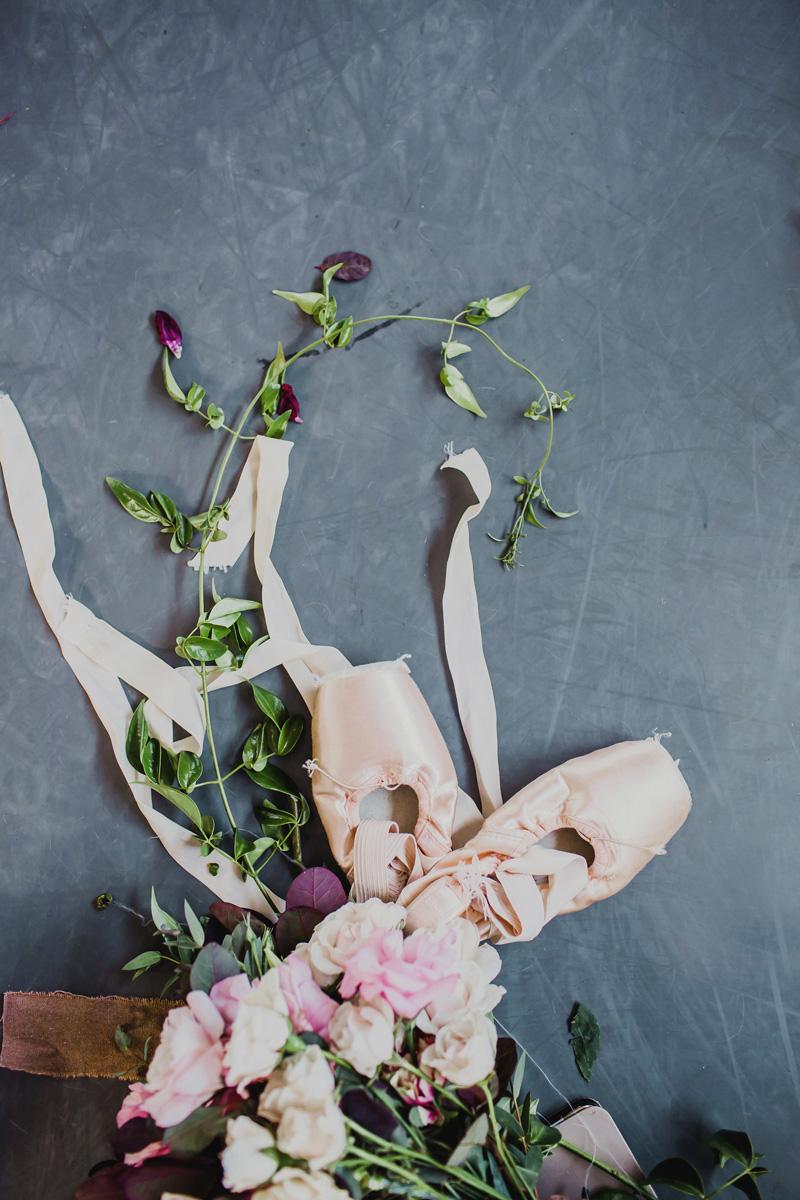 poppyhillflowers.com | Ballerina Maternity Floral Shoot | Poppyhill Flowers | Southern California Wedding Florist and Floral Designer _ (9).jpg