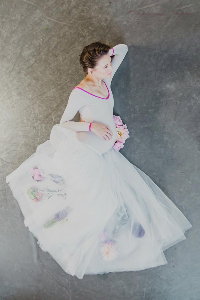 poppyhillflowers.com | Ballerina Maternity Floral Shoot | Poppyhill Flowers | Southern California Wedding Florist and Floral Designer _ (16).jpg