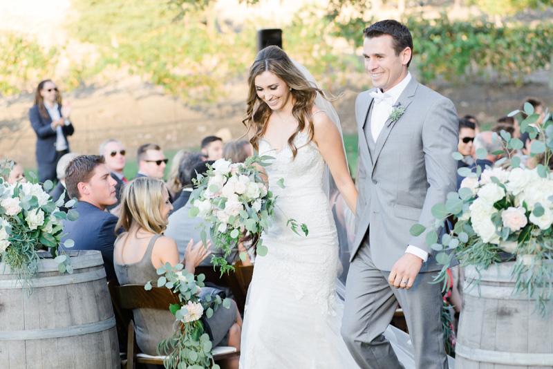 poppyhillflowers.com | Triunfo Creek Vinyeards Wedding | Poppyhill Flowers | Southern California Wedding Florist and Floral Designer _ (15).jpg