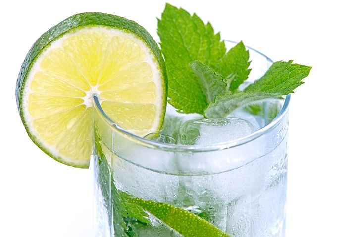 cold-drink-1535766__480.jpg