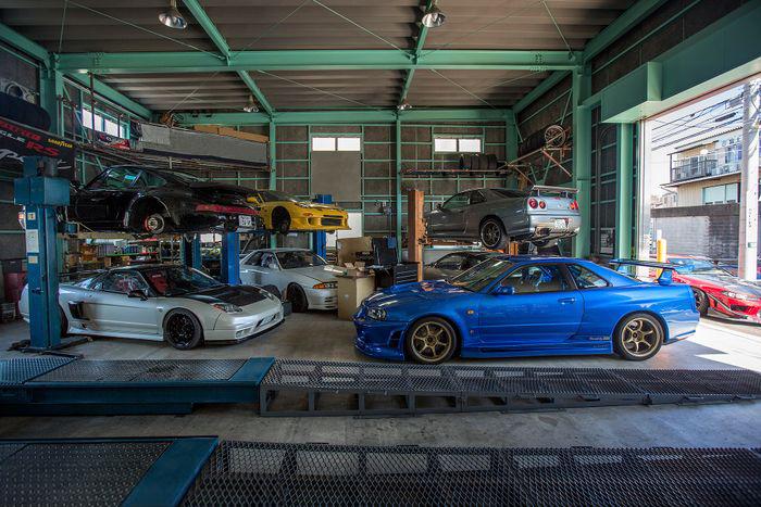 Tuning Shops - e.g. sports car rental agencies, sports car dealerships, race tracks