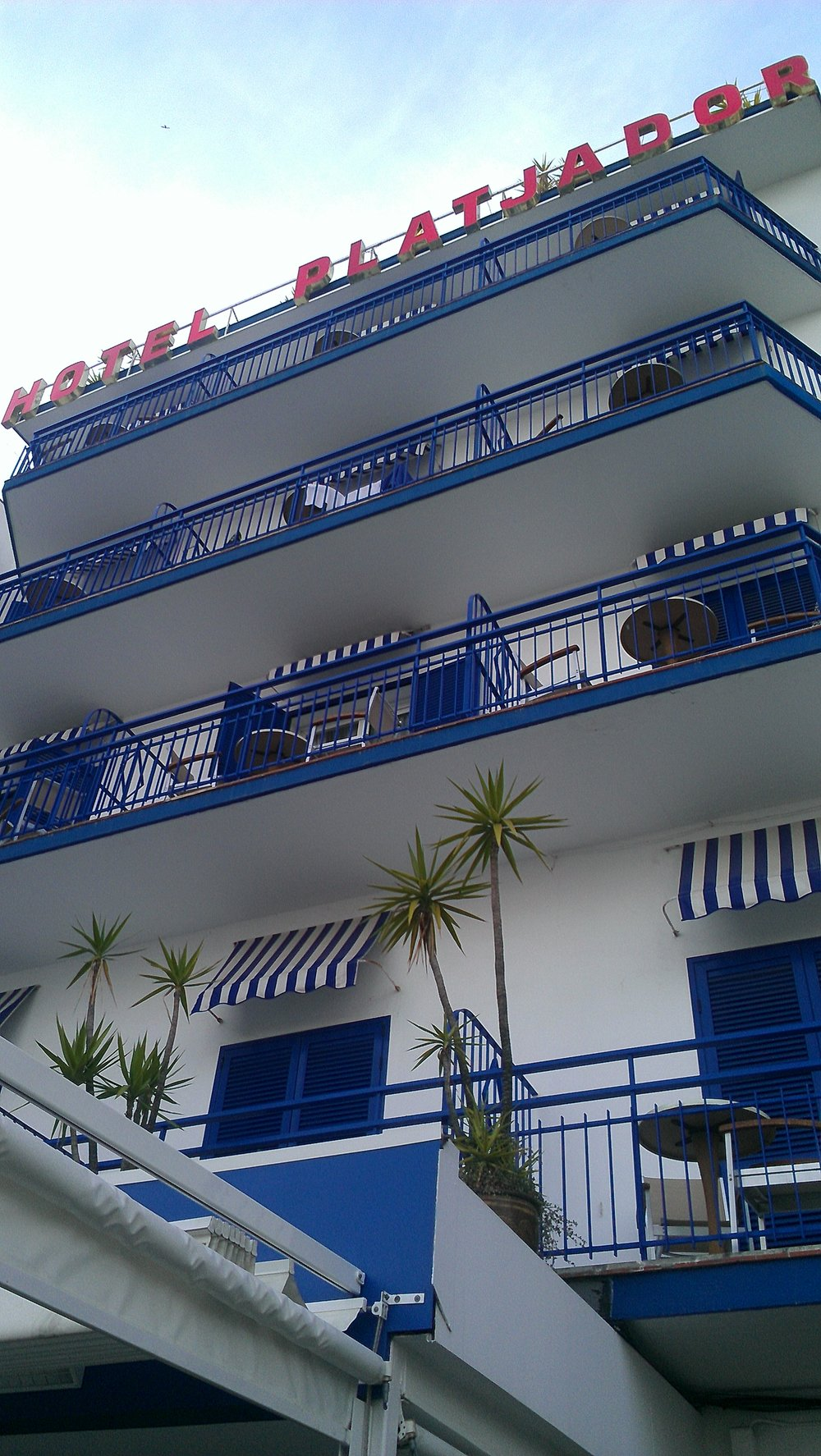 visit sitges travel hotel platjador