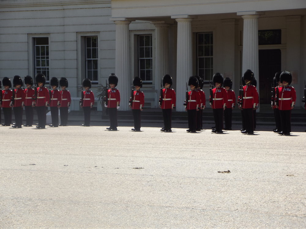 what-to-do-in-london-band-of-scots-guard7.jpg