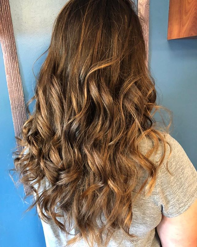 Beautiful sun kissed balayage, colored by Teri