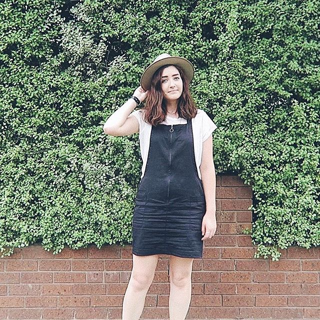 I altered the length of this dress in my wardrobe declutter video & I've already worn it so much more 👌☺️ ⠀⠀⠀⠀⠀⠀⠀⠀⠀ If you missed it you can watch the video at youtube.com/shopstyleconquer I try on all my clothes and decide what to keep, repair, alter and donate/sell ✨ ⠀⠀⠀⠀⠀⠀⠀⠀⠀ 👗 Dress is altered @peopletreeuk 👚 Tshirt is my own design for @shopstyleconquer handmade by me in merino 👒 Hat is my fav @willandbear ⠀⠀⠀⠀⠀⠀⠀⠀⠀⠀⠀⠀⠀⠀⠀⠀⠀⠀⠀⠀⠀⠀⠀⠀⠀⠀ This was my first attempt at taking an outfit shot on my own & there's lots of room to improve! It felt like I was standing there for so long awkwardly alone but when I looked back at the footage it was literally 2 seconds 😂