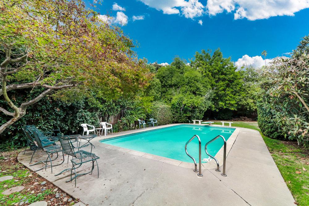 LowResMLS-real-estate-photography-1828+Laurel+St-South+Pasadena+(4+of+22).jpg