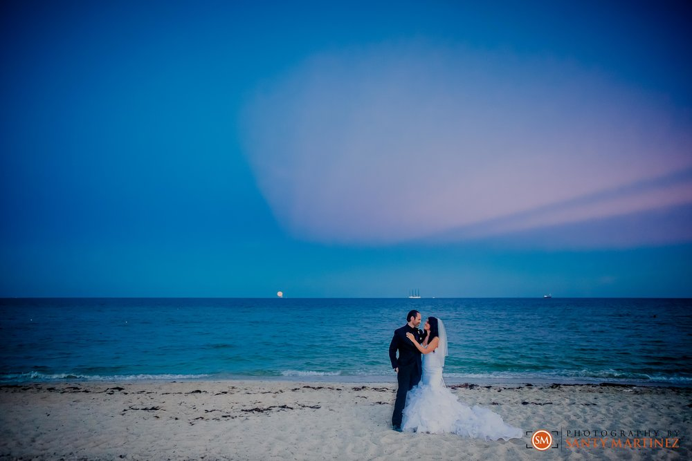 W South Beach Wedding - Santy Martinez--9.jpg
