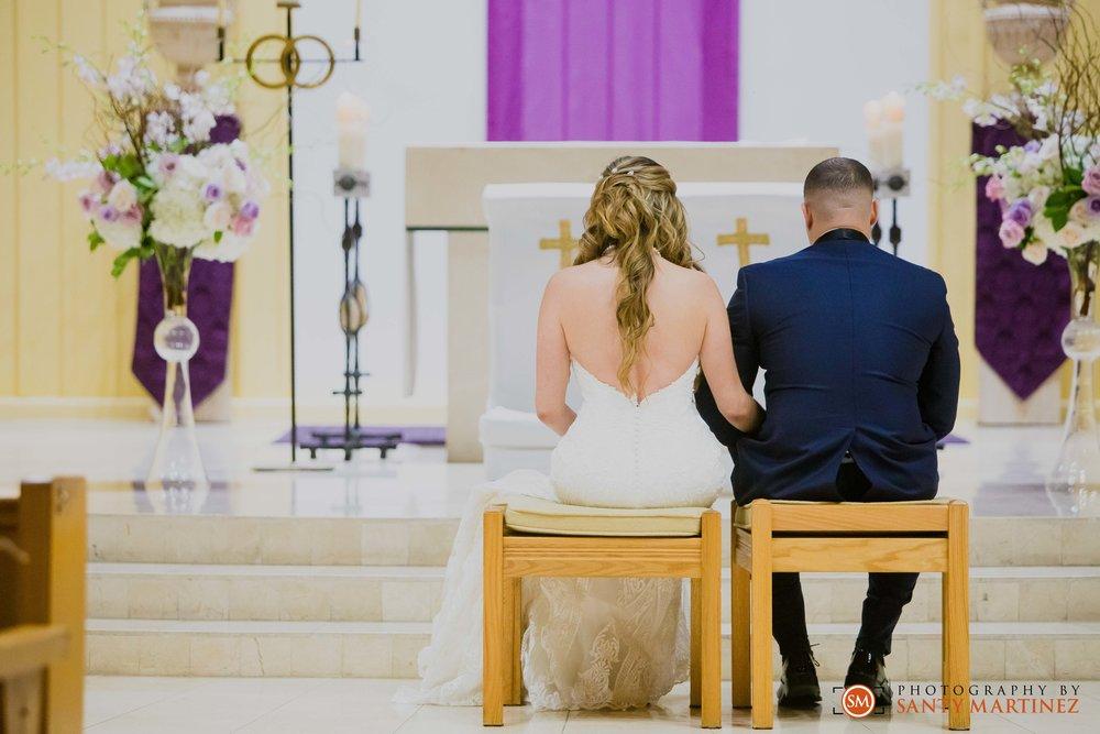 Wedding DoubleTree Grand Hotel Biscayne Bay - Santy Martinez-21.jpg