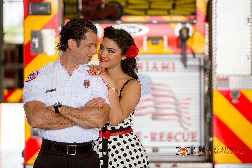 santy-martinez-firefighter-engagement-session-2.jpg